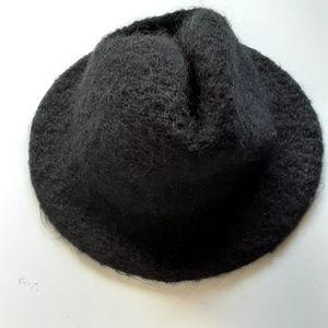 Charisma brimmed winter hat
